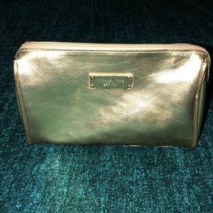 ✨ Michael Kors ✨ Metallic Gold Makeup Case ✨